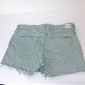 Hudson size 27 Amber Raw Hem Shorts Sea foam Green